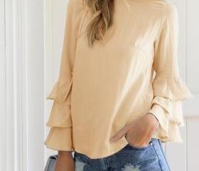 Casual Tops and Blou..