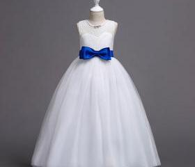 New Flower Girl Dres..