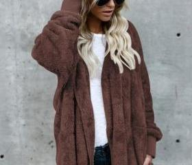 Women Faux Fur Coat..