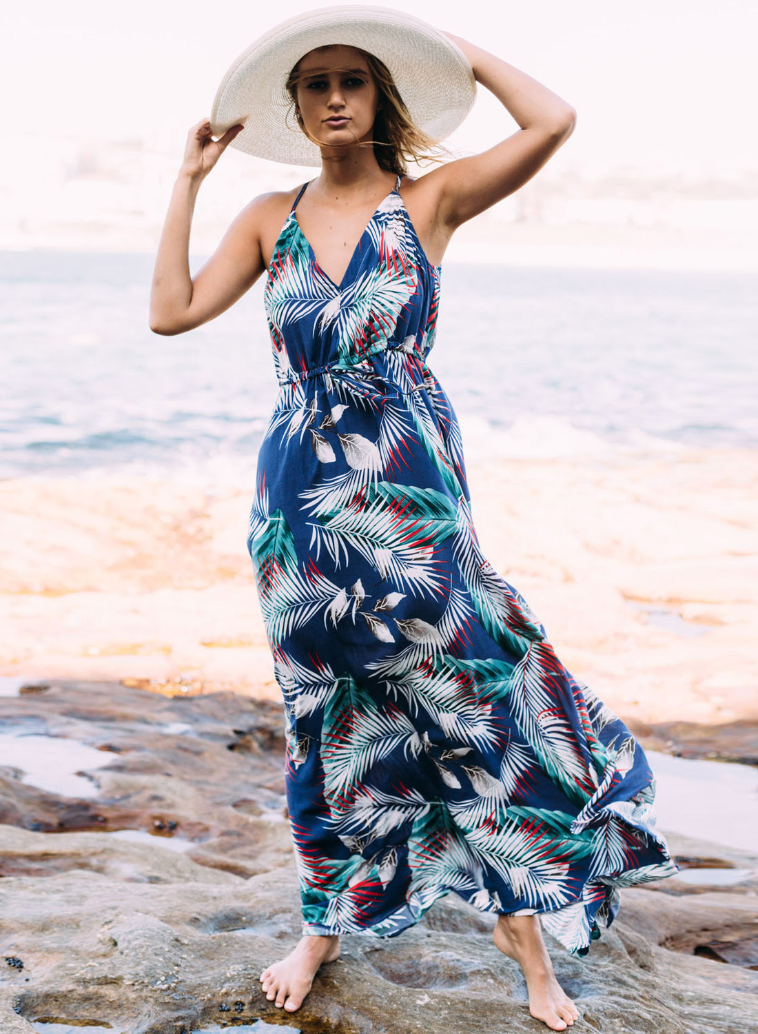V-Neck Leaf Printed Bohemian Maxi Summer Dress with Spaghetti Straps