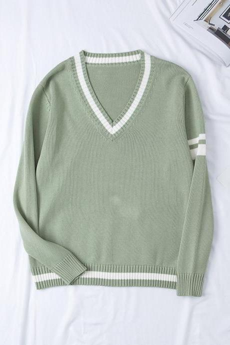 New JK uniform cotton thickened V-neck sweater autumn and winter students color matching sweater couple models clothes