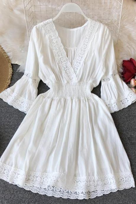 2021 spring summer small V-neck cotton linen dress women's fresh white lace skirt elastic waist was thin dress
