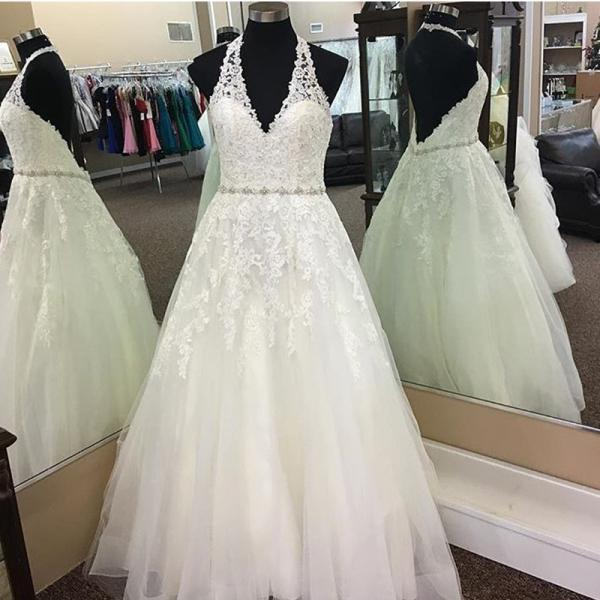 Sexy Halter A line Court Train Wedding Dresses Sleeveless Appliques Beaded Princess Backless Bride Gowns