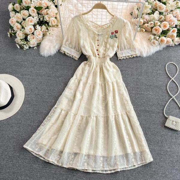 women dress 2021 French Retro Rose Embroidered short sleeve Sweet Temperament Bellflower along Dress